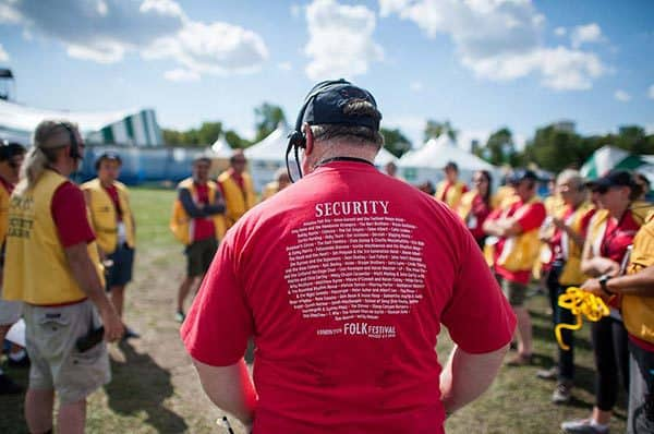 security-volunteer-600
